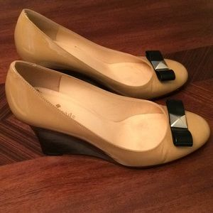 Kate Spade Patent Bow Wedges Size 8